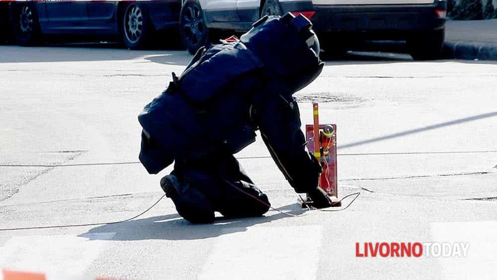 Allarme bomba piazza Matteotti (2)-2