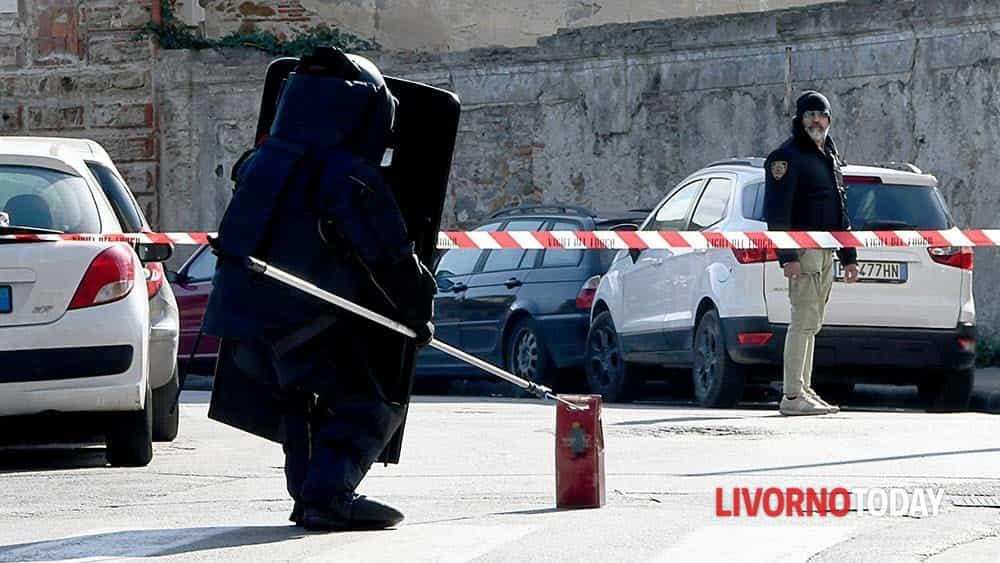 Allarme bomba piazza Matteotti (15)-2