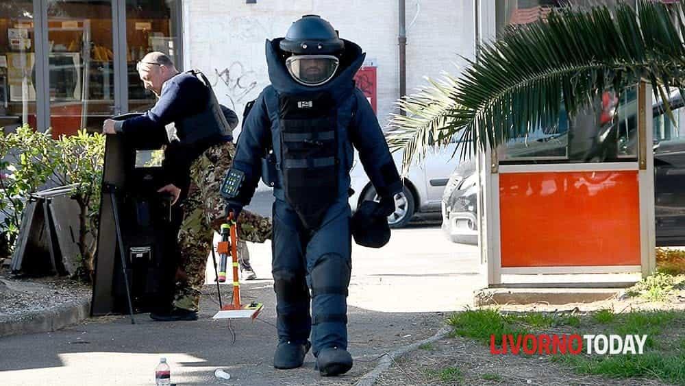 Allarme bomba piazza Matteotti (10)-2