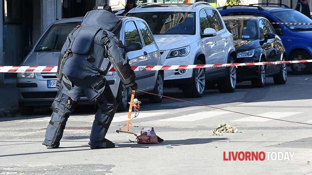 Allarme bomba piazza Matteotti (13)-2