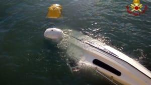 barca affondata rigassificatore (1)-2