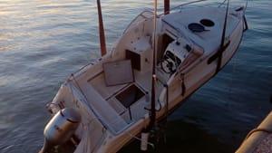 barca affondata rigassificatore (3)-2