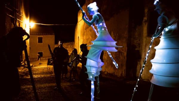 Sognambula, a Castagneto Carducci  il festival del teatro di strada