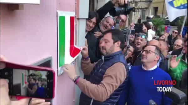 Isola d'Elba, Salvini inaugura la prima sede della Lega. Video