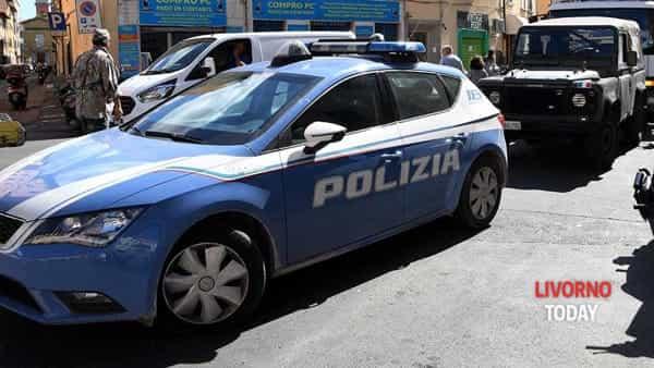 intervento polizia vvf via terrazzini (2)-2