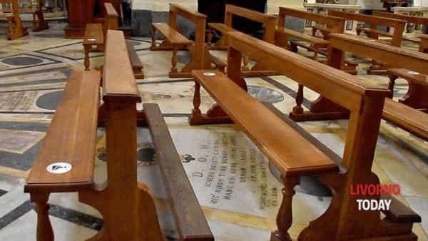 Il distanziamento nelle chiese-2