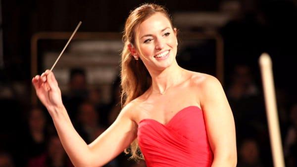 """Goldoni, """"Guida all'ascolto"""" del Concerto di Beatrice Venezi con l'Orchestra del Maggio Musicale Fiorentino"""
