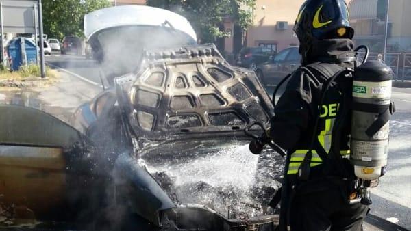 Auto incendiata a Bibbona