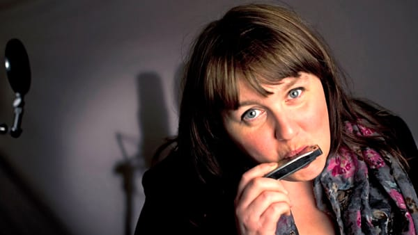 La Deriva, live della stella del blues Katie Bradley
