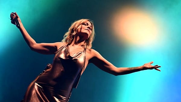 """Irene Grandi, al The Cage con """"Grandissimo Club Tour"""""""