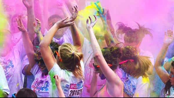 Color Vibe, il lungomare di Livorno si colora d'allegria