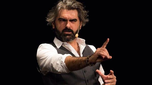 Al Nuovo Teatro delle Commedie va in scena Stefano Santomauro con Like