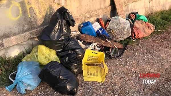 pulizia pirati plastica spiaggia felciaio cani (5)-2
