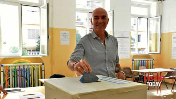 Luca Salvetti al voto-2